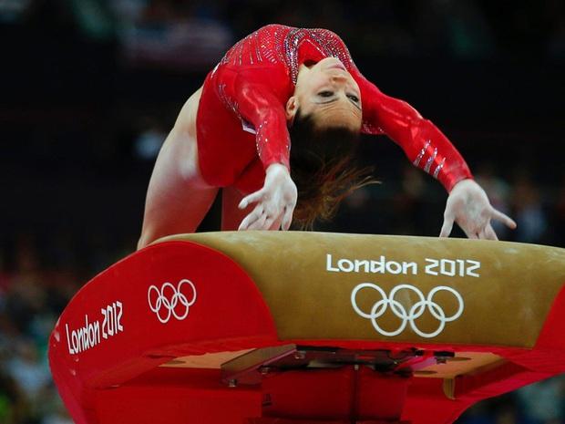Nhà vô địch Olympic tiết lộ sự thật phũ phàng của thể dục dụng cụ Mỹ, các fan không khỏi xót xa khi nghe toàn bộ câu chuyện - Ảnh 3.