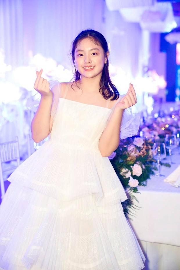 4 sao nhí Bố Ơi Mình Đi Đâu Thế? sau 7 năm: Trần Bờm, Tê Giác trổ mã, Phan Bo, Suti ra dáng thiếu nữ - Ảnh 20.