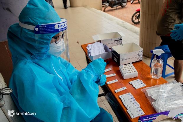 Chính phủ giao Hà Nội phấn đấu kiểm soát dịch bệnh trước ngày 25/8 - Ảnh 1.
