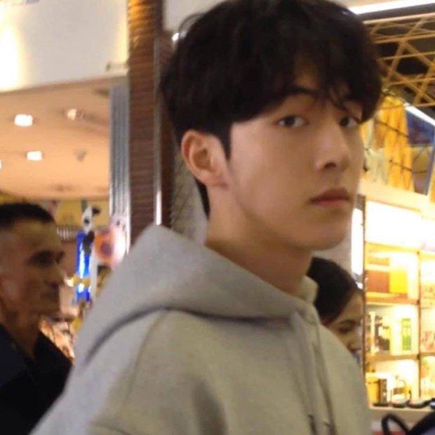 Thử chụp lén dàn tài tử Hàn: Hyun Bin khí chất nghẹt thở, Lee Min Ho chân siêu dài, Lee Dong Wook - Park Seo Joon đẹp điên lên - Ảnh 6.