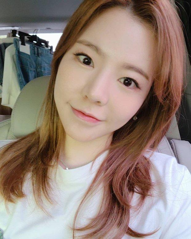 Nhan sắc của SNSD ngày mới ra mắt và bây giờ: Yoona - Taeyeon xứng danh nữ thần, loạt thành viên kém sắc lột xác thấy rõ - Ảnh 34.