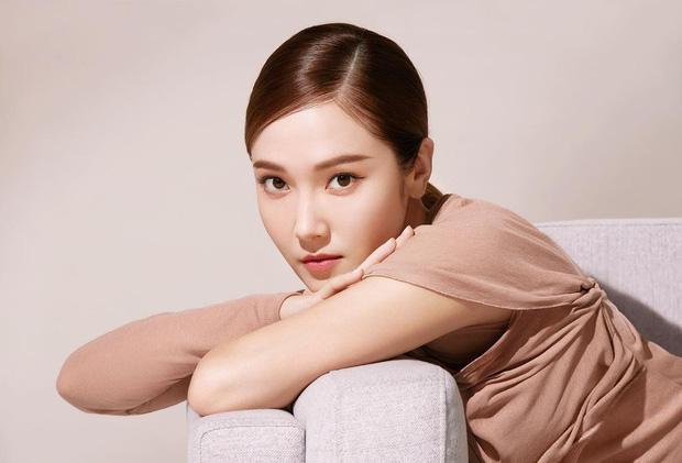 Nhan sắc của SNSD ngày mới ra mắt và bây giờ: Yoona - Taeyeon xứng danh nữ thần, loạt thành viên kém sắc lột xác thấy rõ - Ảnh 47.