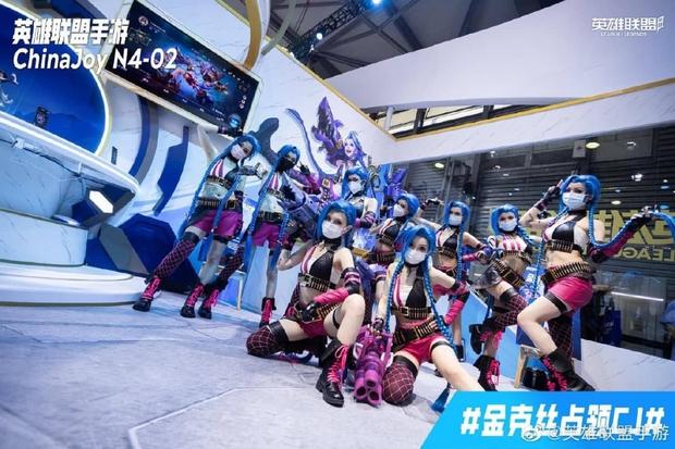 Jinx phiên bản mlem chiếm trọn spotlight hội chợ giải trí điện tử hàng đầu Trung Quốc - Ảnh 3.