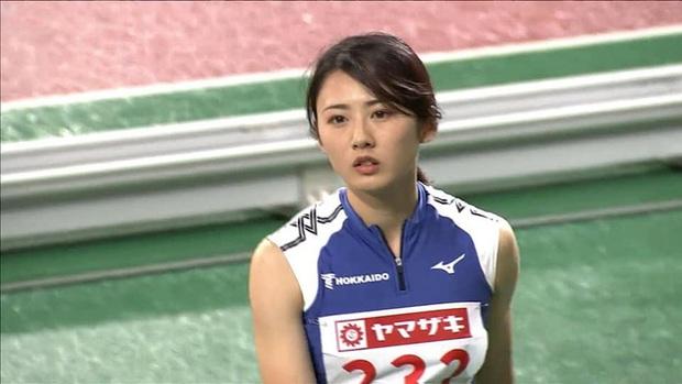 Thiên thần nhảy xa Nhật Bản bị hiểu lầm là VĐV Olympic, ngoài đời xinh xắn lại còn thích bắt trend chuẩn hot girl - Ảnh 2.