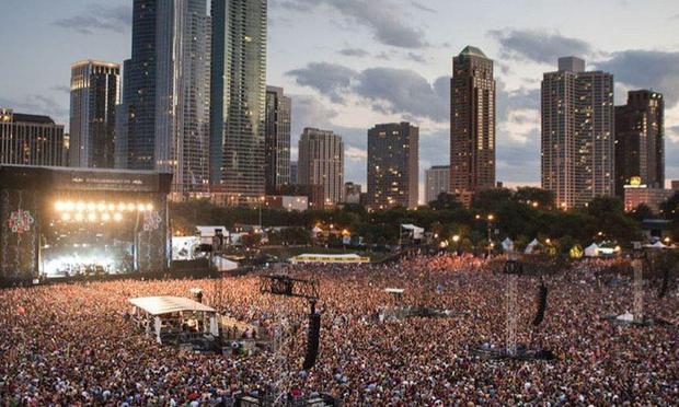 Choáng váng với hình ảnh gần 400 nghìn người đi quẩy đại nhạc hội tại Mỹ cách đây vài ngày, như chưa hề có dịch Covid-19! - Ảnh 3.