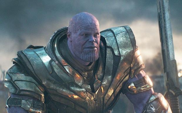 Avengers: Endgame từng có 1 đoạn rất ghê rợn và tàn nhẫn về Đội trưởng Mỹ, đạo diễn hé lộ lý do bắt buộc phải cắt bỏ - Ảnh 2.