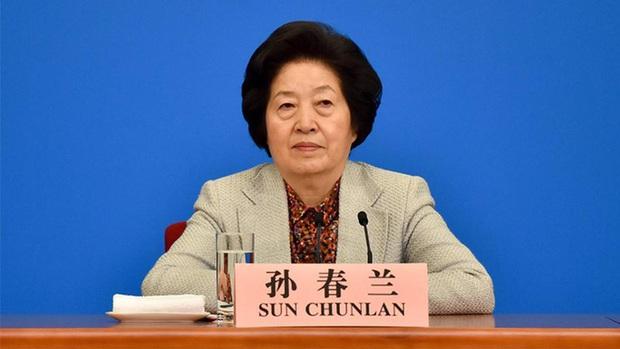 Covid-19 tại Trung Quốc: Cảnh báo đáng lo của Phó Thủ tướng Tôn Xuân Lan - Ảnh 1.