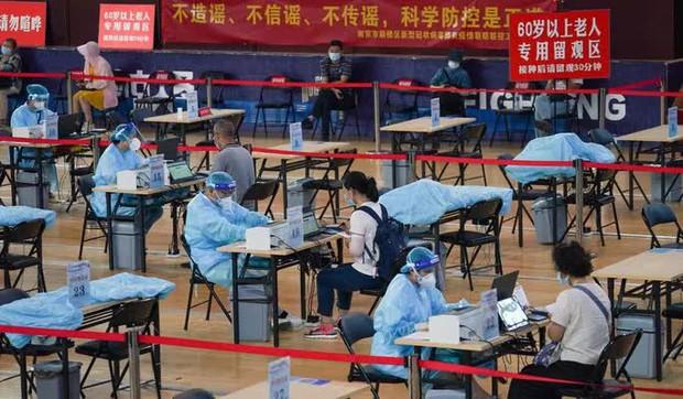 Covid-19 tại Trung Quốc: Cảnh báo đáng lo của Phó Thủ tướng Tôn Xuân Lan - Ảnh 2.