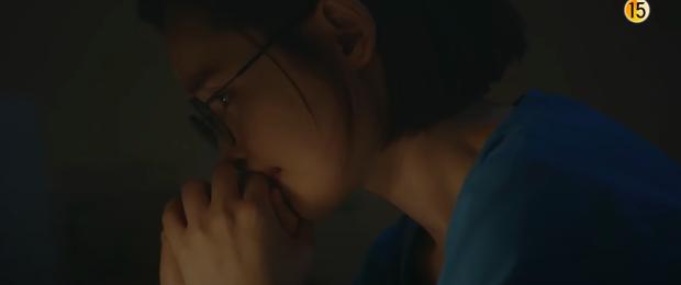Preview Hospital Playlist 2 tập 8: Jeong Won suy sụp vì bạn gái bỏ rơi, mẹ lâm bệnh nặng khó cứu chữa? - Ảnh 7.