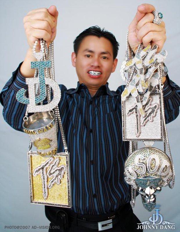 Triệu phú kim cương Johnny Dang lần đầu khoe con gái, nhan sắc của ái nữ gây chú ý - Ảnh 1.