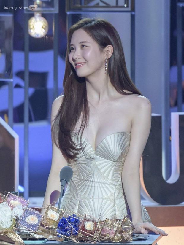 Nhan sắc của SNSD ngày mới ra mắt và bây giờ: Yoona - Taeyeon xứng danh nữ thần, loạt thành viên kém sắc lột xác thấy rõ - Ảnh 15.