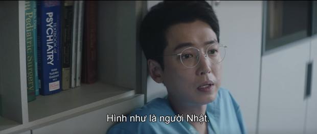Hospital Playlist 2 tập 7: Gia đình Ik Jun - Song Hwa cắm trại tâm tình siêu ngọt, đôi Vườn Đông đụng độ biến lớn  - Ảnh 13.