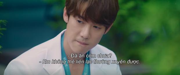 Preview Hospital Playlist 2 tập 8: Jeong Won suy sụp vì bạn gái bỏ rơi, mẹ lâm bệnh nặng khó cứu chữa? - Ảnh 3.