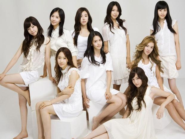 Nhan sắc của SNSD ngày mới ra mắt và bây giờ: Yoona - Taeyeon xứng danh nữ thần, loạt thành viên kém sắc lột xác thấy rõ - Ảnh 2.