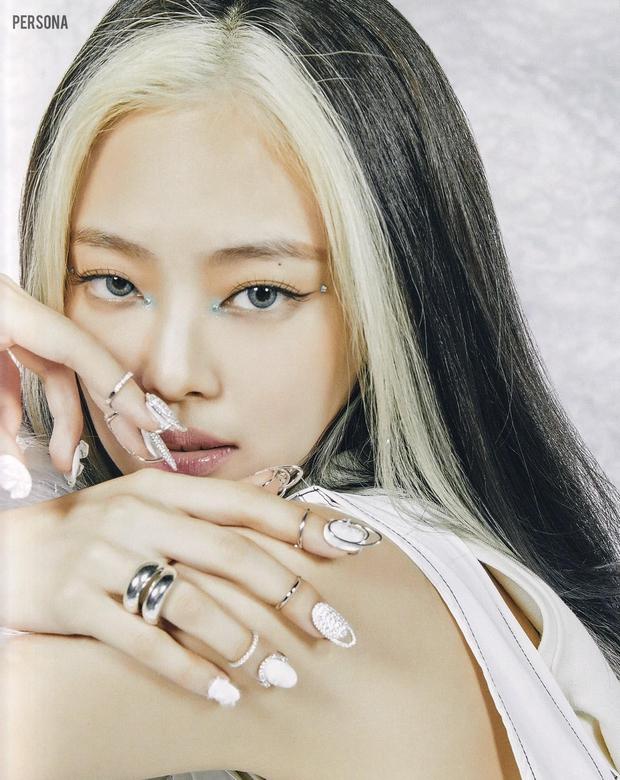 Xả ảnh HD chưa từng công bố của BLACKPINK: Choáng khi zoom cận mặt Jennie, Jisoo o ép vòng 1 đè bẹp thánh body Lisa - Rosé - Ảnh 5.