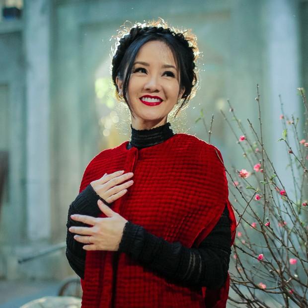 Suýt nhận không ra Hồng Nhung: Diva xinh đẹp nức tiếng bỗng xuất hiện với gương mặt khác lạ, soi clip gần đây mới biết lý do - Ảnh 8.