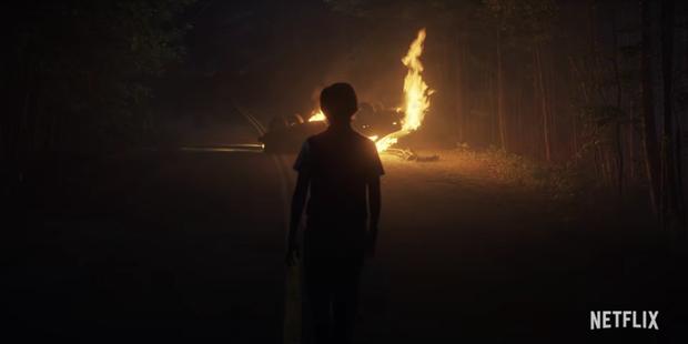 Đập hộp teaser nóng của Stranger Things 4: Eleven bị bắt đi tra tấn, bóng hồng xinh đẹp mới chính thức được debut? - Ảnh 9.