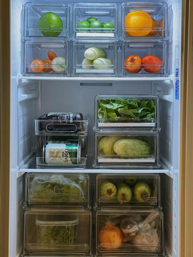 Tiếp tục tới công chuyện với những chiếc tủ lạnh sang - xịn - mịn trong mùa dịch: Vừa ngăn nắp lại còn healthy, 10 điểm về chỗ! - Ảnh 1.