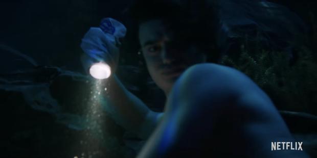Đập hộp teaser nóng của Stranger Things 4: Eleven bị bắt đi tra tấn, bóng hồng xinh đẹp mới chính thức được debut? - Ảnh 7.