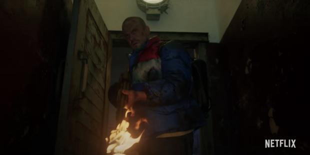 Đập hộp teaser nóng của Stranger Things 4: Eleven bị bắt đi tra tấn, bóng hồng xinh đẹp mới chính thức được debut? - Ảnh 5.