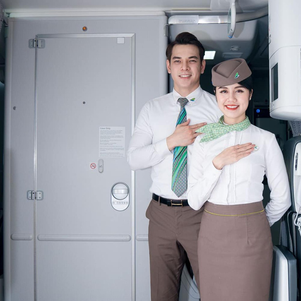 Không phải Vietnam Airlines, 1 hãng bay khác ở Việt Nam nổi tiếng tuyển tiếp viên cực gắt: Ngoại hình A+, tỷ lệ chọi cao muốn xỉu - Ảnh 3.