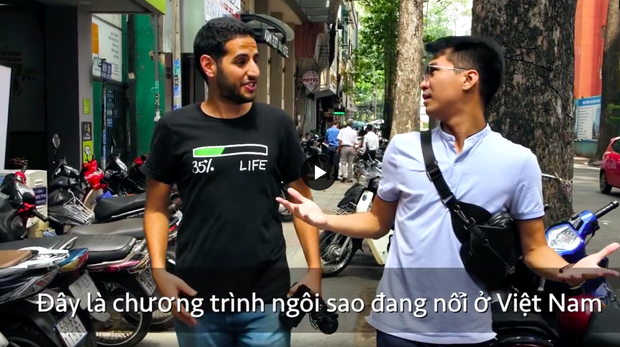 """Một streamer người Việt từng xuất hiện trong video của Nas Daily được khen hết lời vì """"duyên quá"""", giật luôn spotlight của chủ kênh - Ảnh 3."""