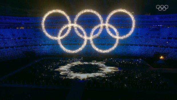 Nổi hết da gà trước màn trình diễn Dòng sông ngân hà huyền ảo trong lễ bế mạc Olympic 2020 - Ảnh 5.