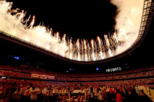 Mãn nhãn với màn pháo hoa tuyệt đẹp khép lại Olympic 2020 - Ảnh 9.