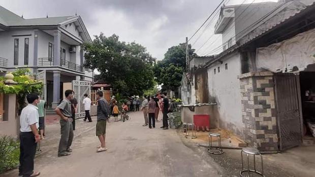 Vụ sát hại vợ chồng hàng xóm ở Bắc Giang: Nguyên nhân từ cánh cổng kêu to? - Ảnh 2.