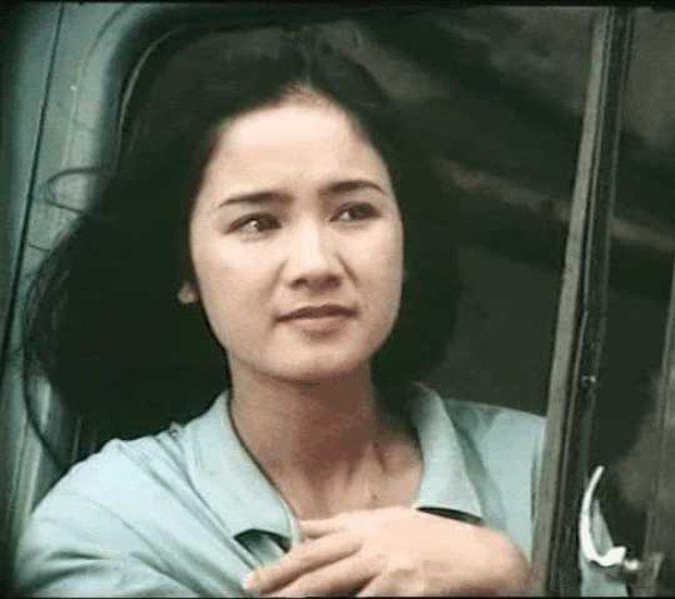 """10 quốc bảo nhan sắc màn ảnh Việt thập niên 90: Xuất hiện """"thần tiên tỷ tỷ"""" đẹp chả kém gì Lưu Diệc Phi - Ảnh 12."""