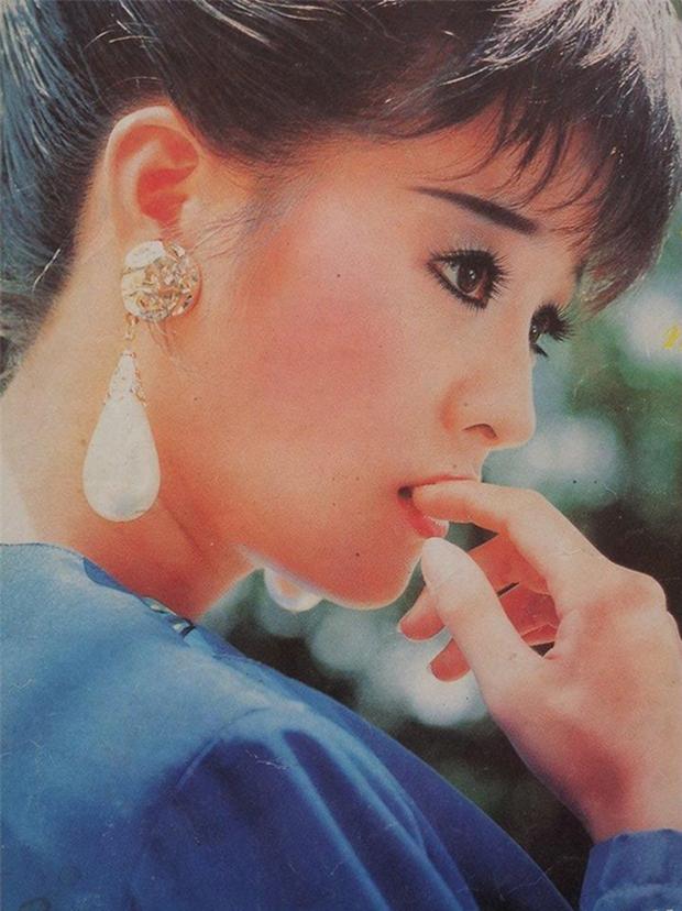 """10 quốc bảo nhan sắc màn ảnh Việt thập niên 90: Xuất hiện """"thần tiên tỷ tỷ"""" đẹp chả kém gì Lưu Diệc Phi - Ảnh 23."""