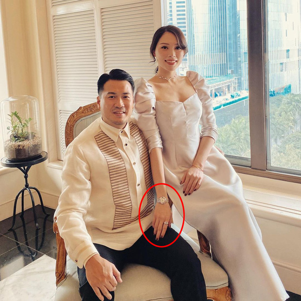 Bức ảnh con trai tỷ phú Johnathan chụp cùng Linh Rin bỗng hot trở lại, vị trí cánh tay cô bồ trở thành đề tài bàn tán - Ảnh 2.