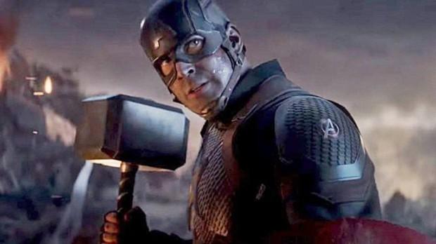 Rầm rộ lại hậu trường Đội trưởng Mỹ Marvel thả dáng chuẩn còn đẹp trai xỉu, ai dè spoil mạnh tình tiết Endgame cực quan trọng? - Ảnh 6.