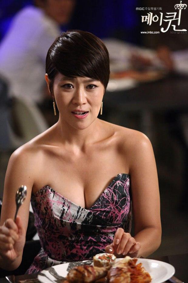 Loạt phim Hàn bị ném đá dữ dội vì cảnh khoe thân phản cảm: Vòng 1 phụ nữ thành công cụ câu kéo rating? - Ảnh 3.