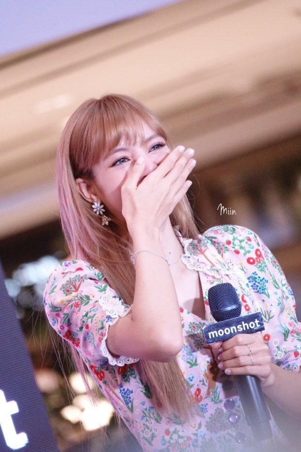 10 năm theo đuổi đam mê của Lisa: Từ idol ngoại quốc đầu tiên của YG đến ngôi sao quốc tế được săn đón bậc nhất Kpop - Ảnh 11.