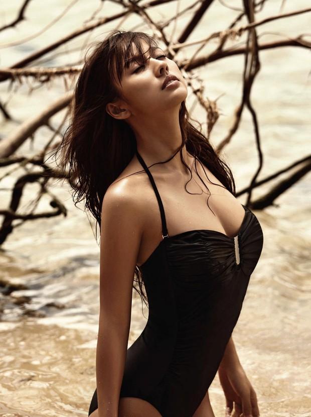 Bị netizen nghi ngờ đại tu vòng 1 ngồn ngộn, nữ hoàng gợi cảm Lee Hyori có màn đáp trả không thể nào đanh thép hơn - Ảnh 10.