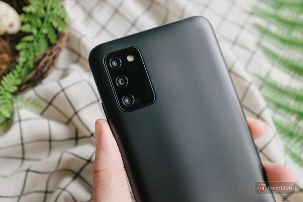 Trải nghiệm Samsung Galaxy A03s: Smartphone bình dân với màn hình và pin lớn - Ảnh 19.
