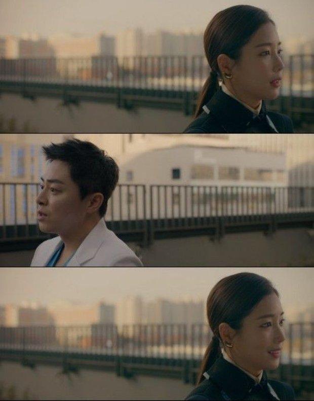Hành trình 20 năm ngọt ngào và day dứt của Ik Jun - Song Hwa ở Hospital Playlist 2: Dù có là friendzone, còn yêu rồi sẽ quay về! - Ảnh 7.