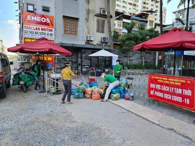 Hà Nội: Phong toả chung cư Rivera Park sau khi phát hiện ca F0 là cư dân bán hàng online cho rất nhiều người trong toà nhà - Ảnh 1.