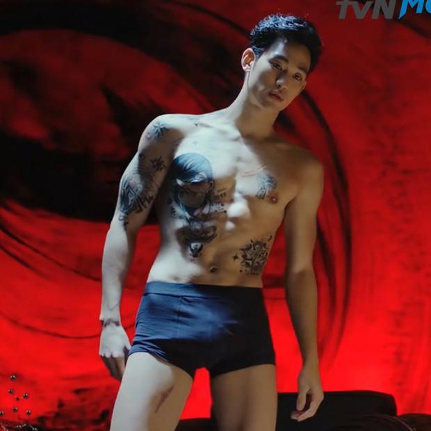Kim Soo Hyun từng chi 7 triệu đô làm phim Hàn dở nhất lịch sử, lộ cả cảnh nóng 100% vẫn thua đau ngoài rạp - Ảnh 2.