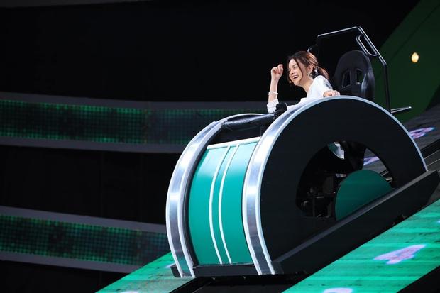 Bị chê ưỡn ẹo, cười hô hố, một nữ ca sĩ Việt thẳng thừng tuyên bố tuyệt giao với gameshow? - Ảnh 3.