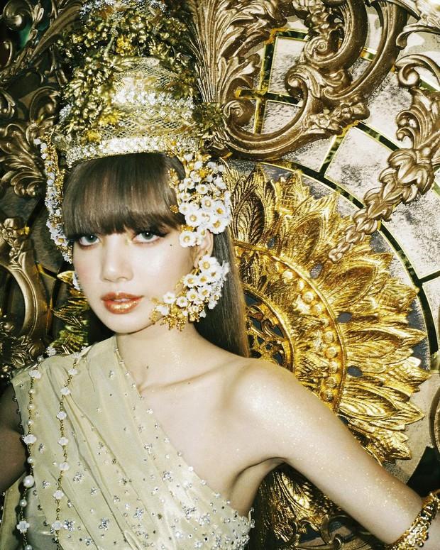 Lisa thu phục lòng dân với tạo hình công chúa Thái: Phục sức lẫn makeup đều ở cái tầm! - Ảnh 3.