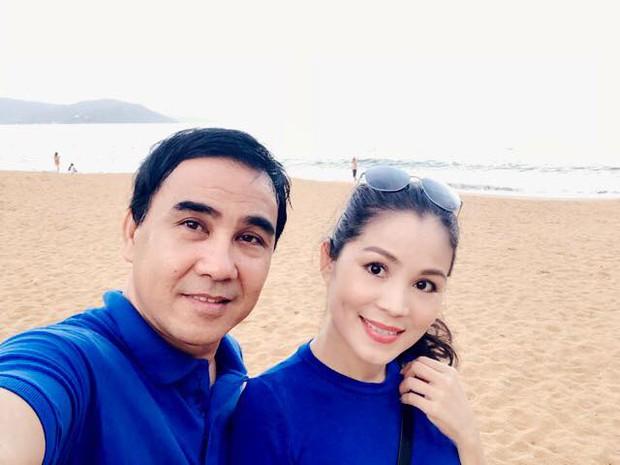 Kỷ niệm 16 năm ngày cưới của vợ chồng MC Quyền Linh: Không nến và hoa nhưng cực xúc động vì điều này! - Ảnh 4.