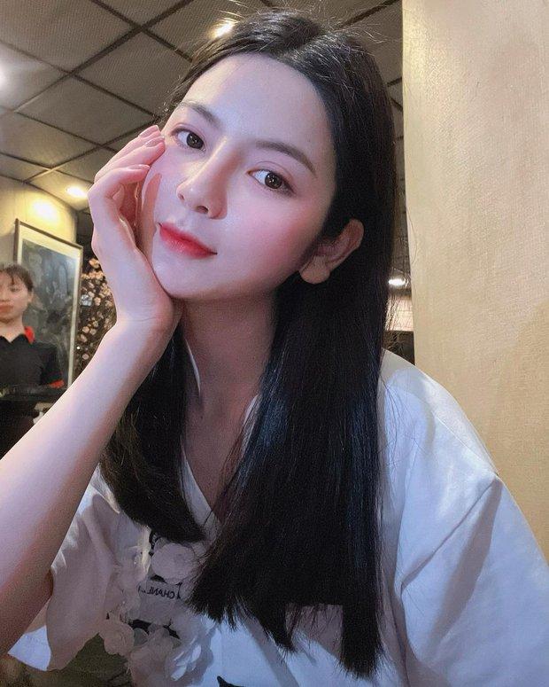 Bạn gái mới của Quang Hải là ai? - Ảnh 2.