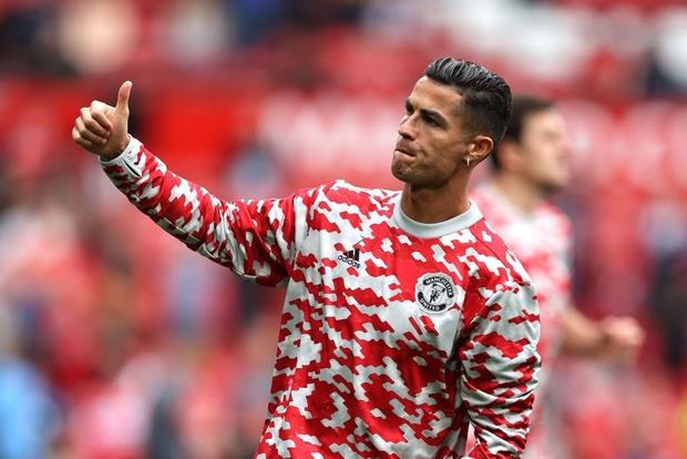 Ronaldo tỏa sáng rực rỡ trong ngày trở về, giúp Man United đè bẹp Newcastle để vươn lên ngôi đầu Ngoại hạng Anh - Ảnh 2.