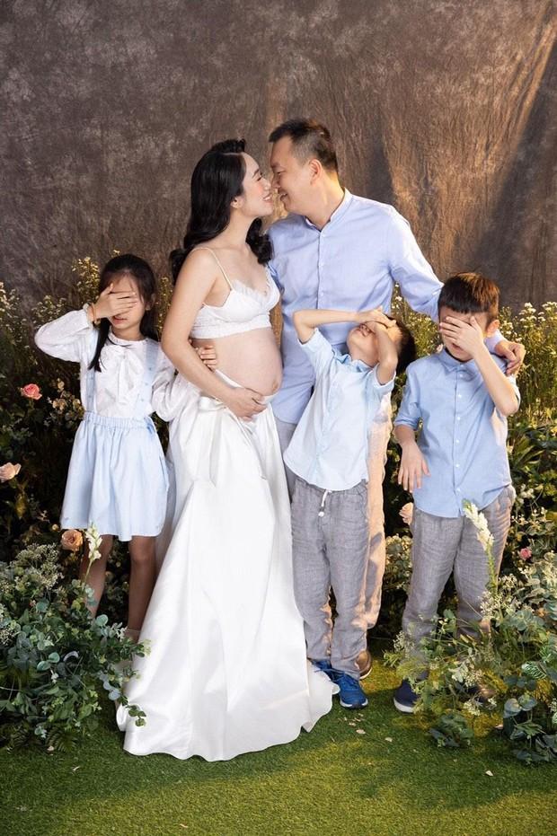 Gia đình 8 F0: Bố chồng chơi lớn hứa sinh 1 con tặng 1 căn nhà, con dâu làm luôn... 4 cháu! - Ảnh 3.