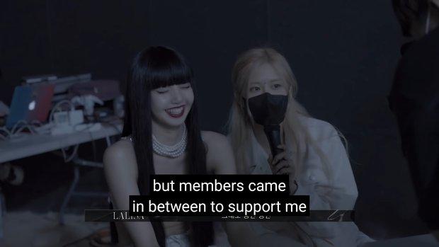 Hậu trường MV của Lisa bị BLACKPINK giật hết spotlight: Jisoo nhí nhố, Rosé phấn khích hơn cả chính chủ, Jennie ở đâu? - Ảnh 11.