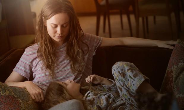2 mẹ con bị nhốt trong phòng kín suốt 7 năm, khi trốn thoát mới nhận ra sự thật kinh hoàng: Bộ phim Oscar này sẽ khiến bạn chảy nước mắt! - Ảnh 4.