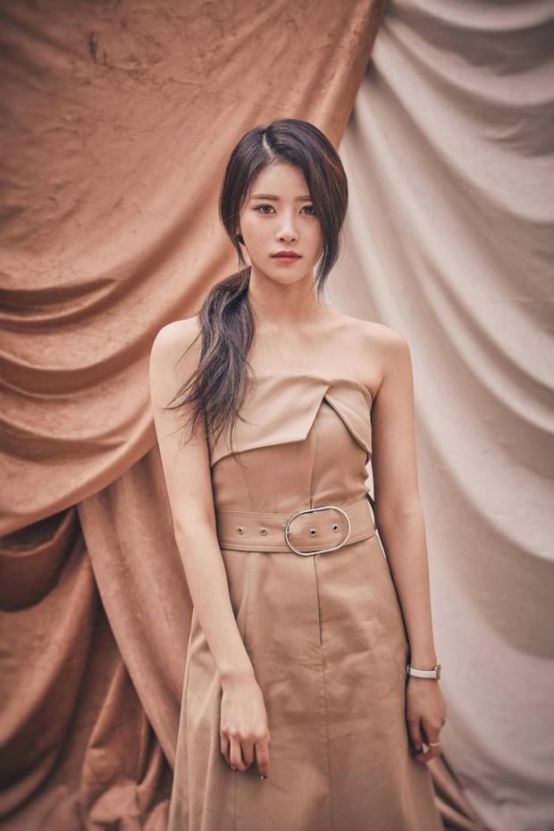 5 idol Kpop thay tên đổi vận: Jihyo (TWICE) từng trùng tên thành viên BLACKPINK, 1 mỹ nam SM nghe tên cũ mà hú hồn - Ảnh 10.