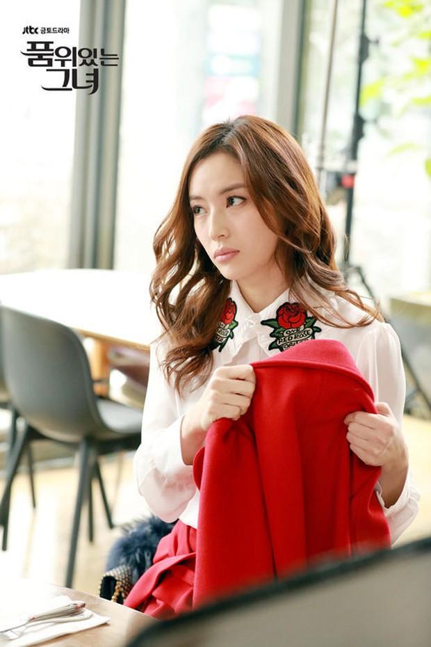 Nữ diễn viên Hàn suýt bỏng cả khuôn mặt vì bị đạo diễn ép uổng, may mà Kim Hee Sun lên tiếng can ngăn kịp thời - Ảnh 3.